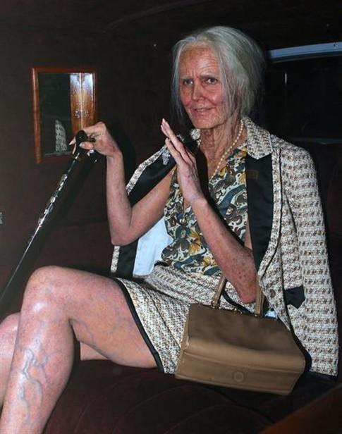 Sim! Esta é a modelo Heidi Klum