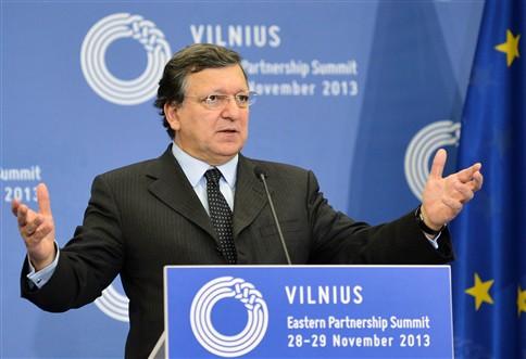 Durão Barroso recusa interferência russa no acordo com a Ucrânia