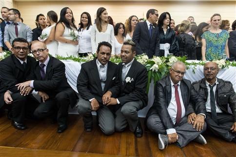 Maior casamento homossexual coletivo do mundo celebrou-se no Rio de Janeiro