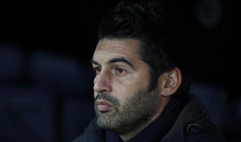 """Paulo Fonseca """"indiferente"""" às notícias que dão Villas-Boas no F. C. Porto"""
