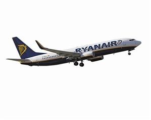 Avião da Ryanair aterra de emergência em Sevilha após fogo na cabine