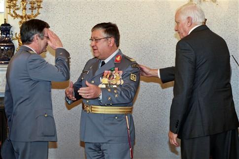 """Novo líder das Forças Armadas aponta """"formação e treino"""" como prioridades"""
