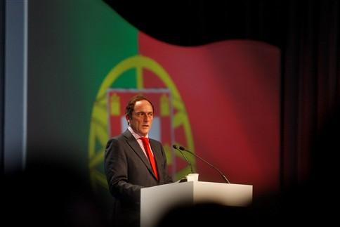 Paulo Portas quer descer IRS em 2015