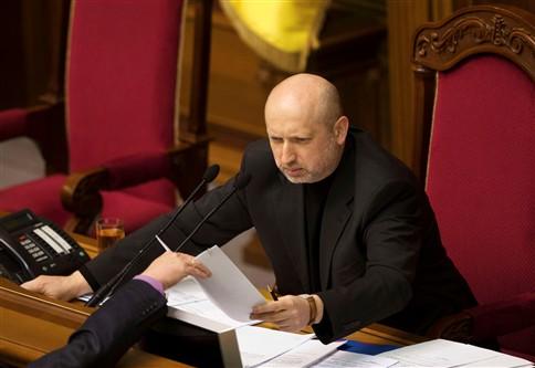 Presidente interino da Ucrânia é pastor evangélico e autor de ficção científica