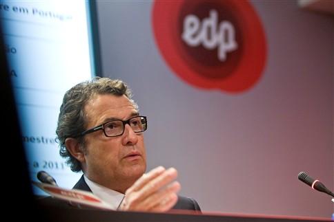 EDP com lucros de mil milhões em 2013