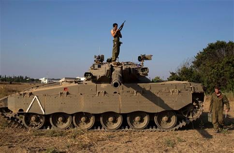 "Exército israelita retoma ofensiva por ""terra, mar e ar"""