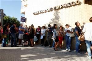 Santa Casa procura jovens e seniores desempregados para criação de negócios