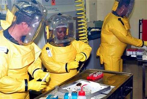 Número de mortes por ébola atinge os 5689 em 15935 casos