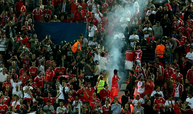 UEFA abriu inquérito disciplinar ao Benfica