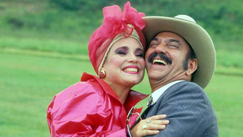 As personagens Viúva Porcina (Regina Duarte) e Sinhozinho Malta (Lima Duarte) na novela 'Roque Santeiro'