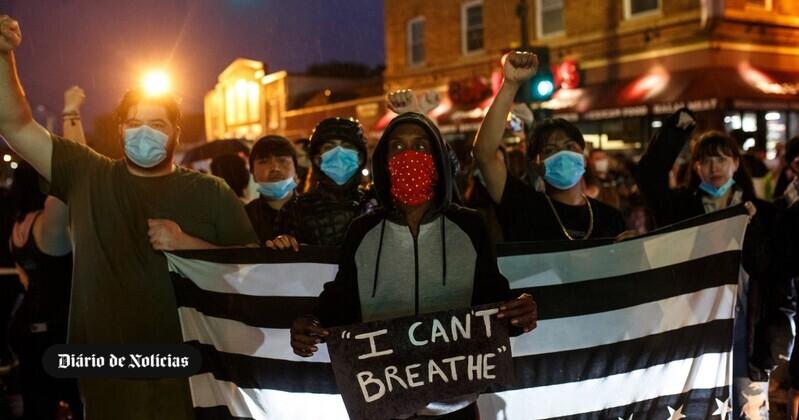 ″Não consigo respirar″: a morte de George pela polícia está a revoltar a América