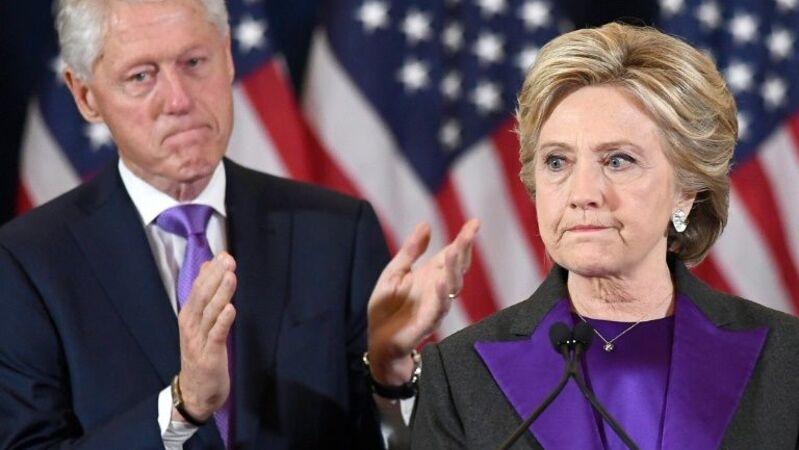 """Bill Clinton diz que o caso Lewinsky foi uma forma de """"gerir ansiedades"""""""