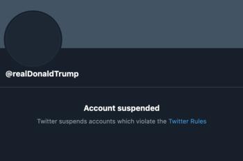 Trump condena decisão do Twitter e estuda criar plataforma própria
