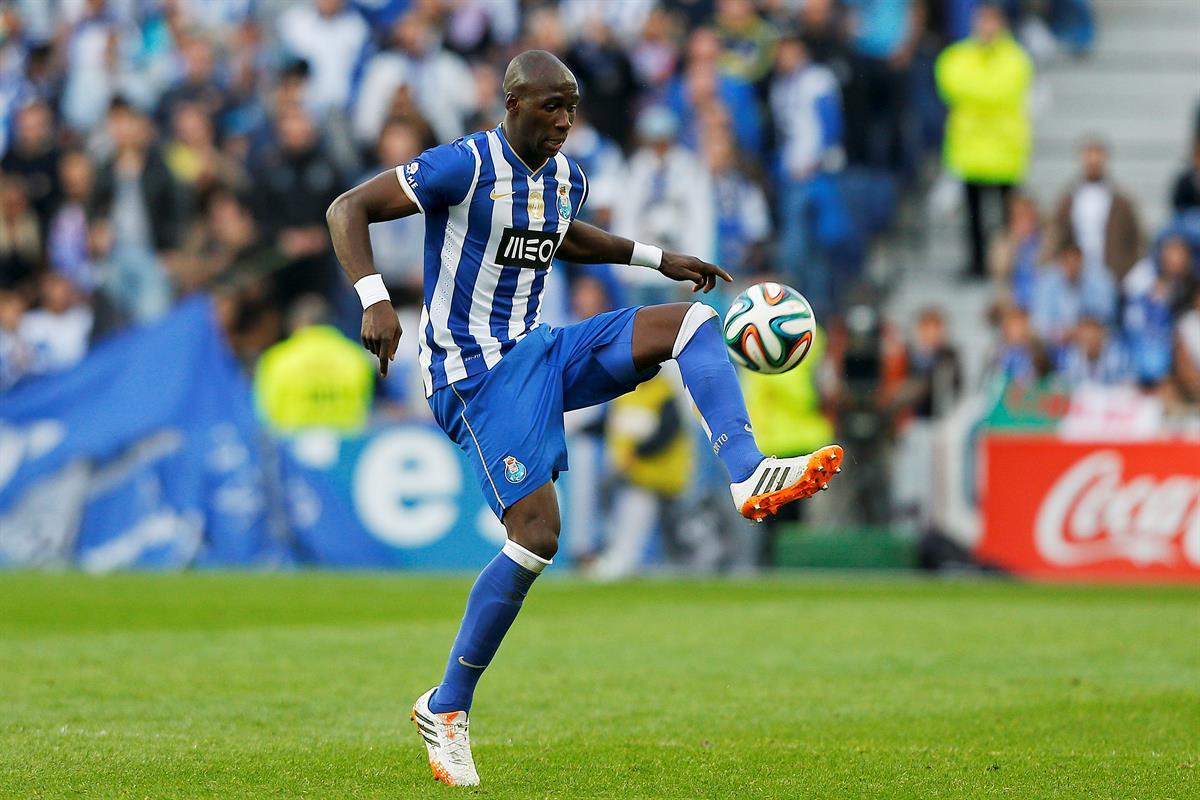 O contrato da Mangala também foi revelado pela Football Leaks