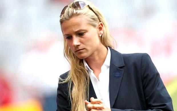 Kathleen, a poderosa mulher do Bayern Munique que é confidente dos  jogadores - DN