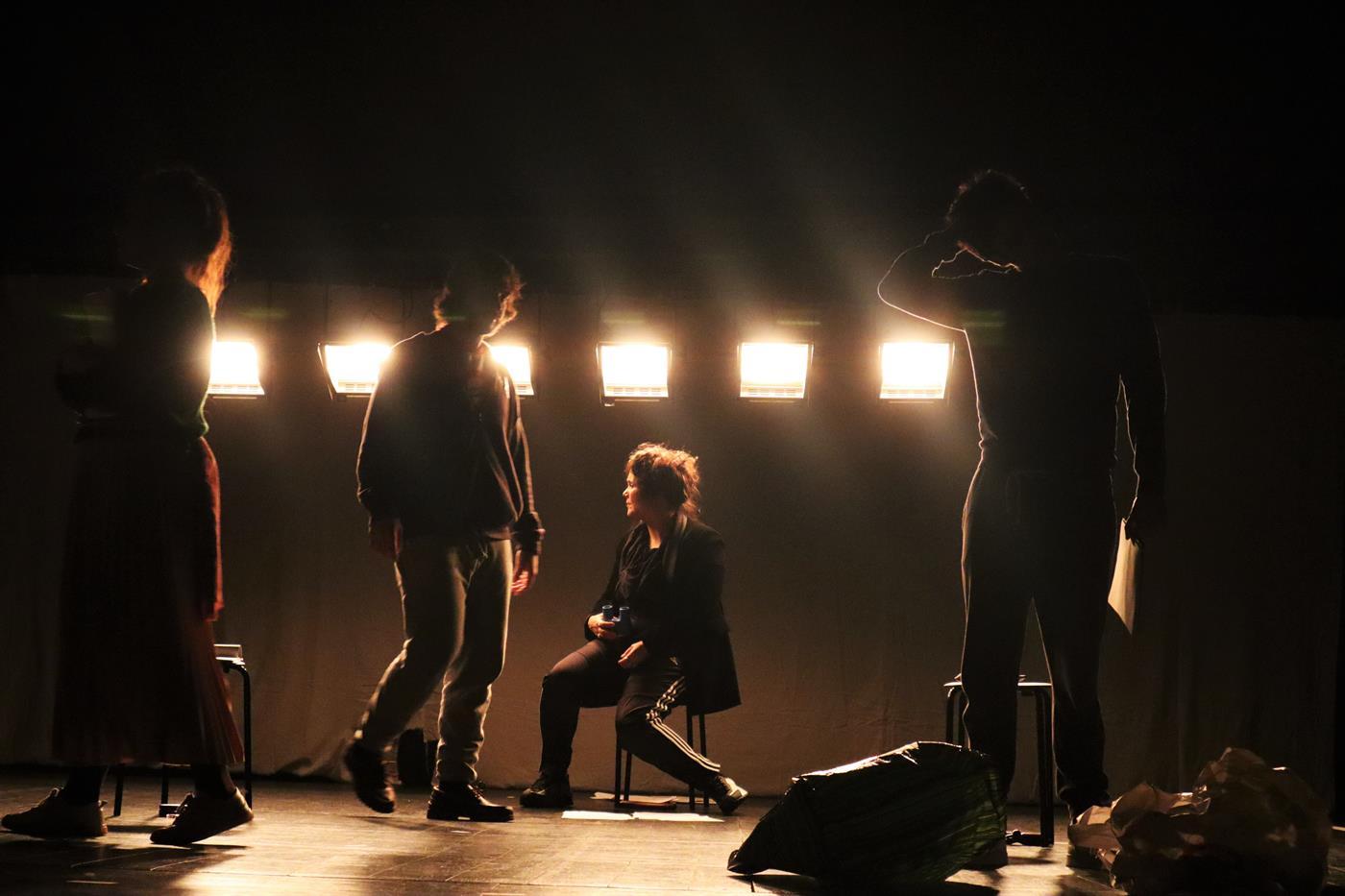 """""""Mundo Novo"""" do Teatro da Garagem"""