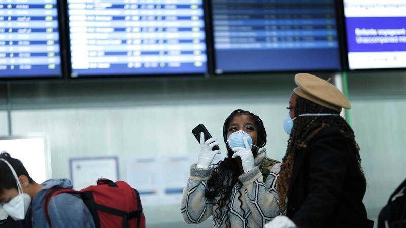 Viagens estão a tornar-se mais difíceis. Há voos a ser cancelados e fronteiras a fechar