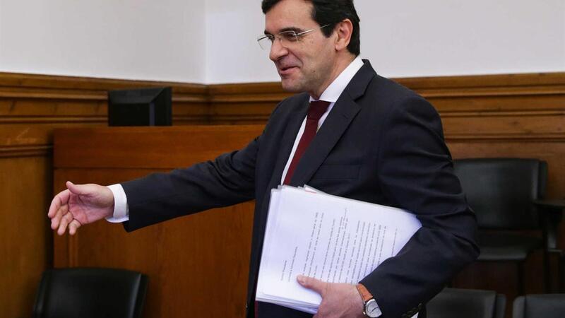Ministro abre a porta a mudanças na Lei de Bases