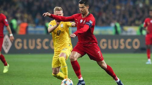 Golo 700 de Ronaldo não chegou para evitar derrota