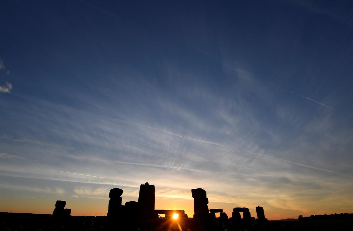 Já nasceu o dia mais longo do ano, o solstício de verão