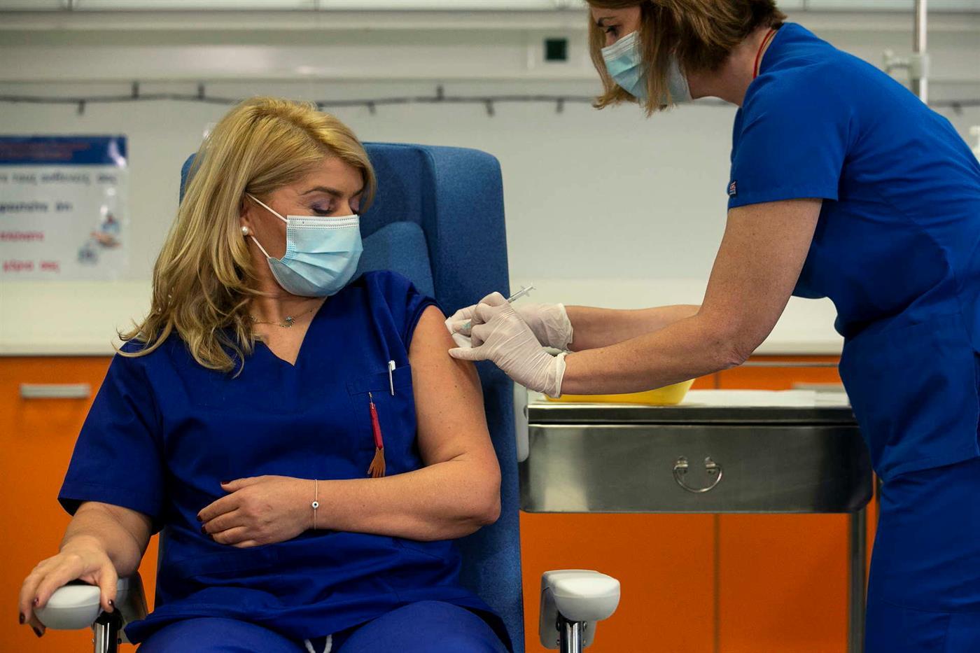 Enfermeira Efstatia Combissiuli.