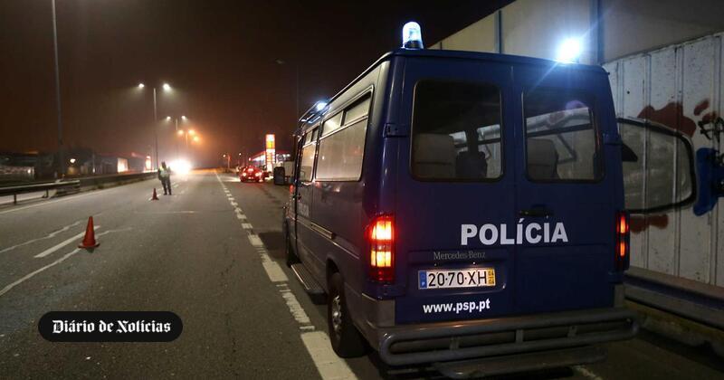Beato, Marvilla e Penha de França. PSP apreende armas e droga em bairros lisboetas - Diário de Notícias - Lisboa