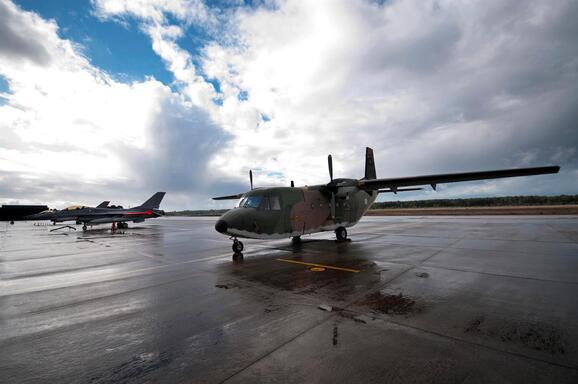 Resultado de imagem para Força Aérea aconselha a olhar para Beja antes de abrir Monte Real à aviação civil