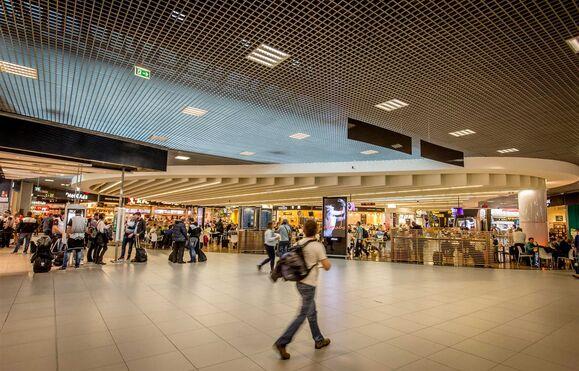 Aeroporto Viseu : Aviação aeroporto de lisboa viveu ″cenário caótico