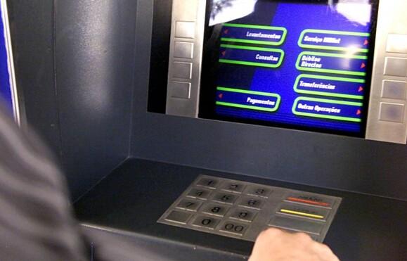 Resultado de imagem para Transferências bancárias vão ser imediatas e grátis na Europa