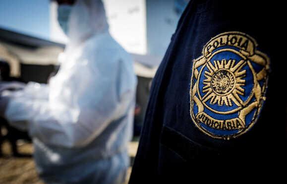 Resultado de imagem para Dois polícias e um militar da GNR presos por sequestro, segurança ilegal e tráfico de armas