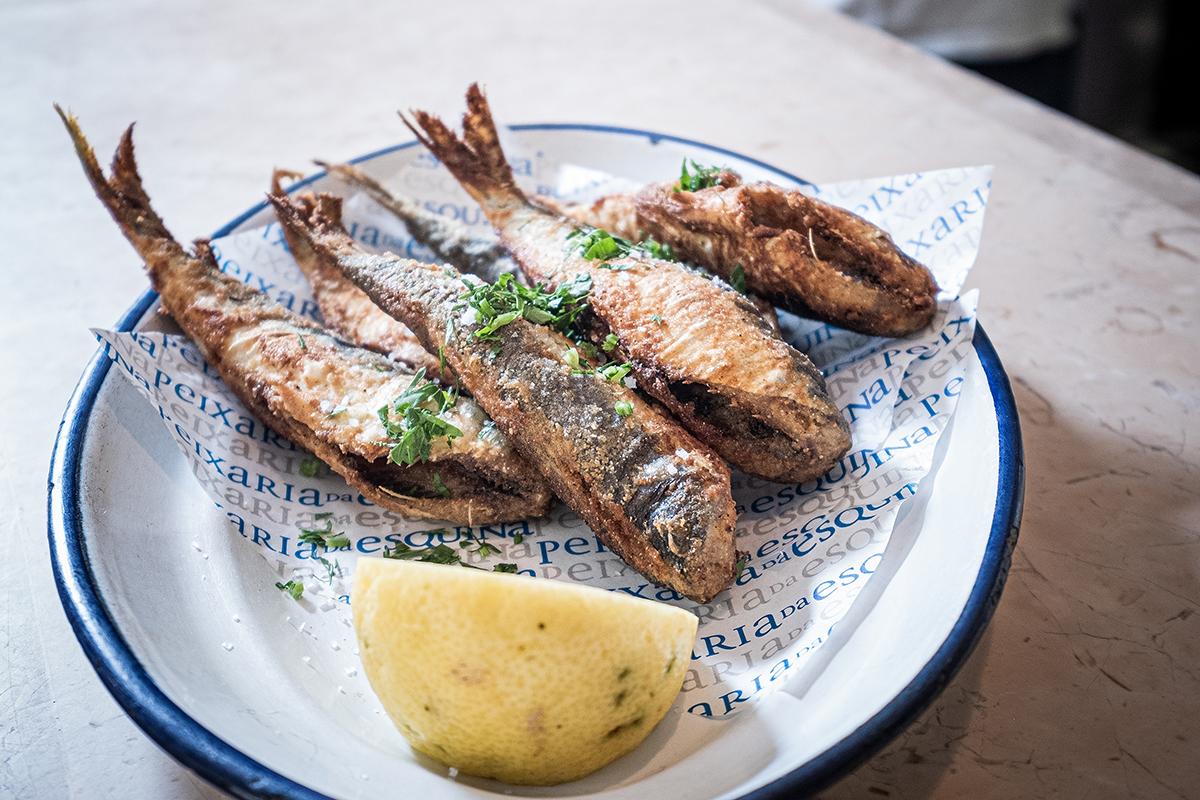 Sardinhas fritas, receita do chef Vítor Sobral para fazer em casa