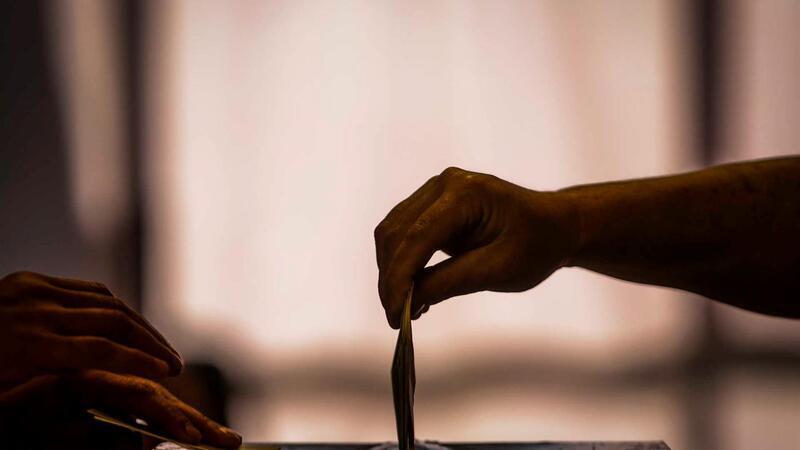 Sondagem TVI para Legislativas. PS no limiar da maioria absoluta
