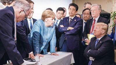 Junho de 2018, cimeira do Grupo dos Sete (G7): uma professoral Merkel enfrenta a um Trump na retranca