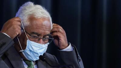 """Costa """"corrige"""" secretário de Estado: controlo da pandemia """"não é um cartaz turístico"""""""