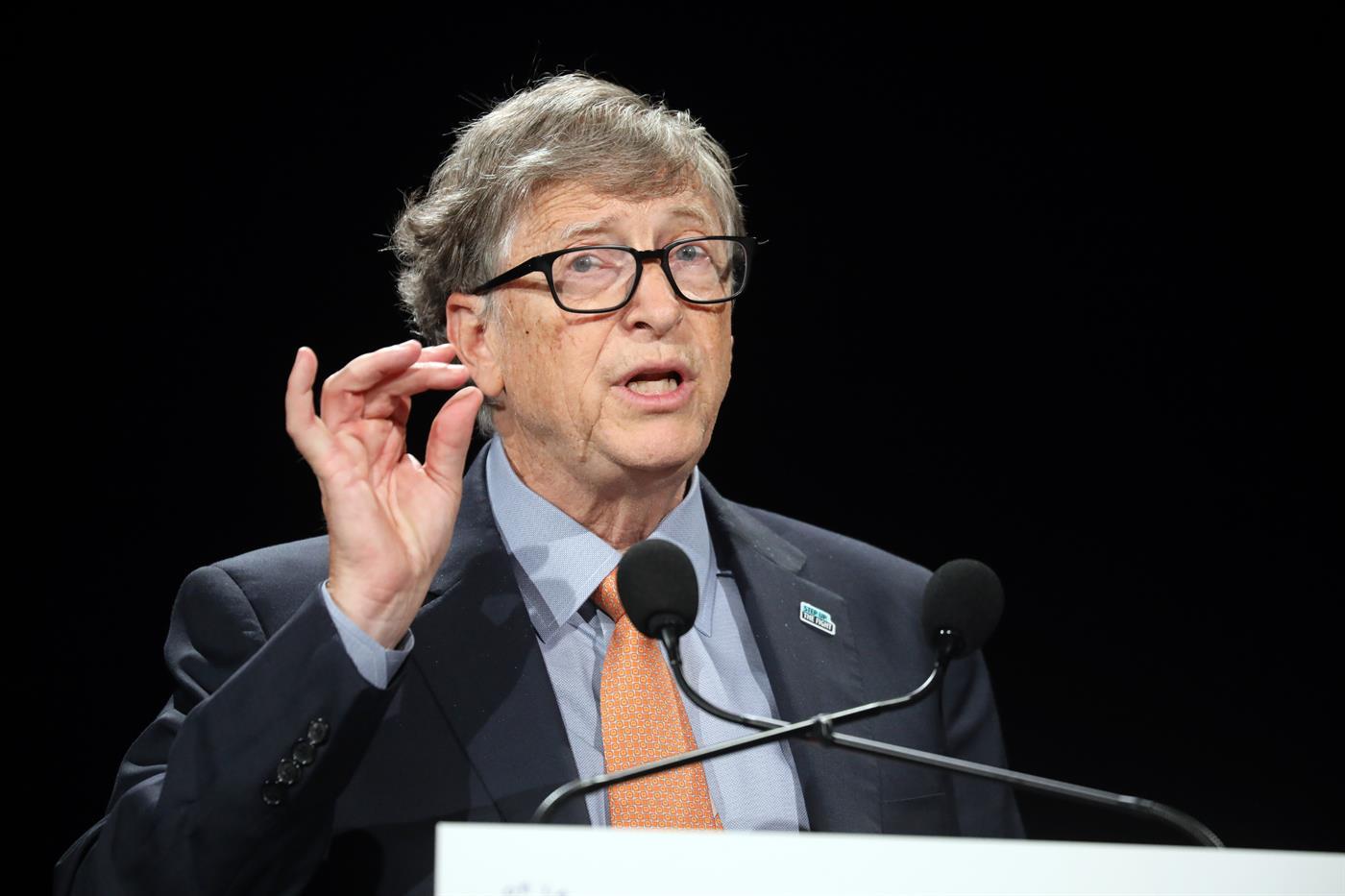 Bill Gates diz que mundo deve preparar próxima pandemia como se fosse uma  guerra