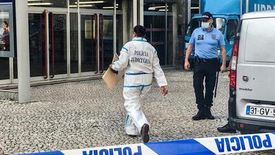 O crime na estação de metro das Laranjeiras teve lugar na passada quarta-feira. A vítima foi um jovem