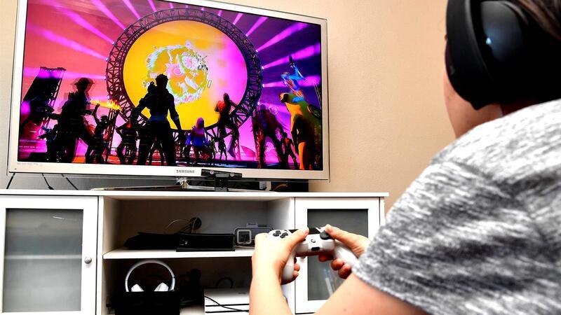 O jogo Fortnite ganhou grande popularidade junto de jogadores mais jovens, sobretudo menores.