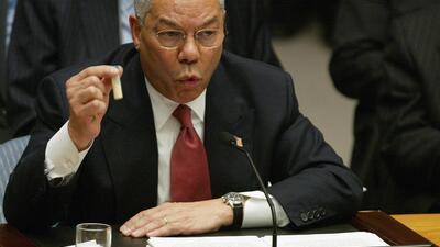 """""""Foi uma mancha"""", disse Powell sobre o seu discurso sobre o Iraque na ONU, em 2003."""