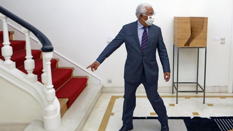 """António Costa diz que nunca colocou em cima da mesa """"o cenário"""" de eleições antecipadas."""