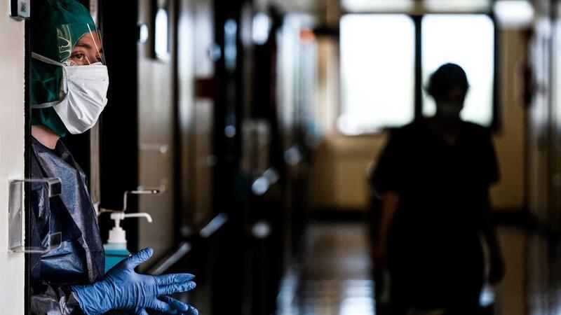 Ministério da Saúde diz que tem reforçado sistematicamente os recursos humanos no SNS. A nível de pessoal