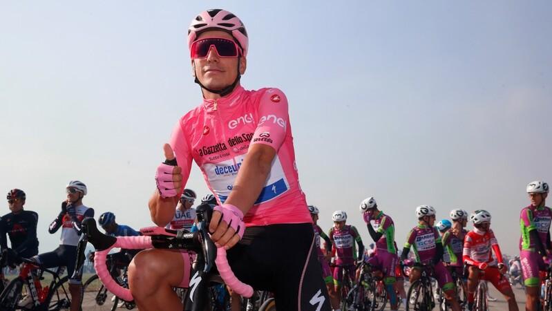 Giro: João Almeida reforça liderança após 16.ª etapa ganha