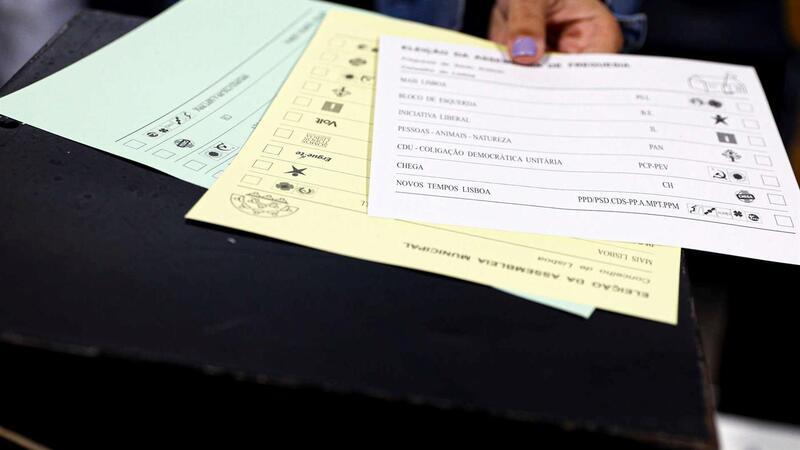 Votos contados: PS vence com pior resultado que em 2013 e PSD conquista 113 câmaras
