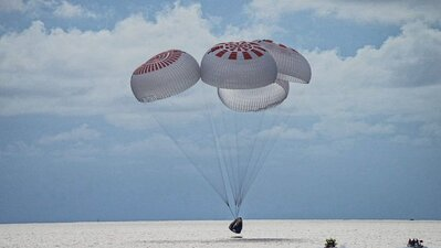 SpaceX. Turistas espaciais já regressaram à Terra