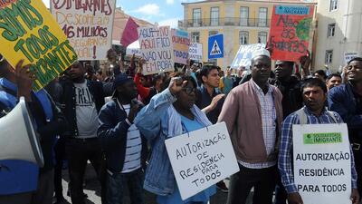 Manifestação há três anos junto à AR para pedir a regularização dos estrangeiros com trabalho.