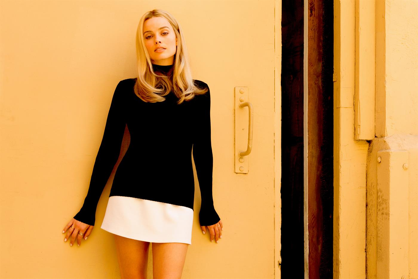 Margot Robbie in the role of Sharon Tate, or the cinema beyond death.