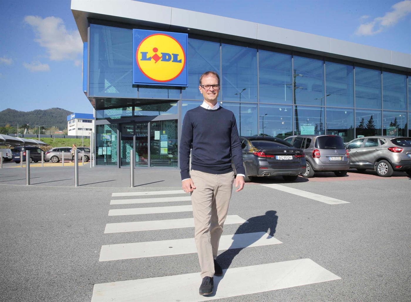 Lidl impulsiona investimento e aumenta salários de todos os trabalhadores