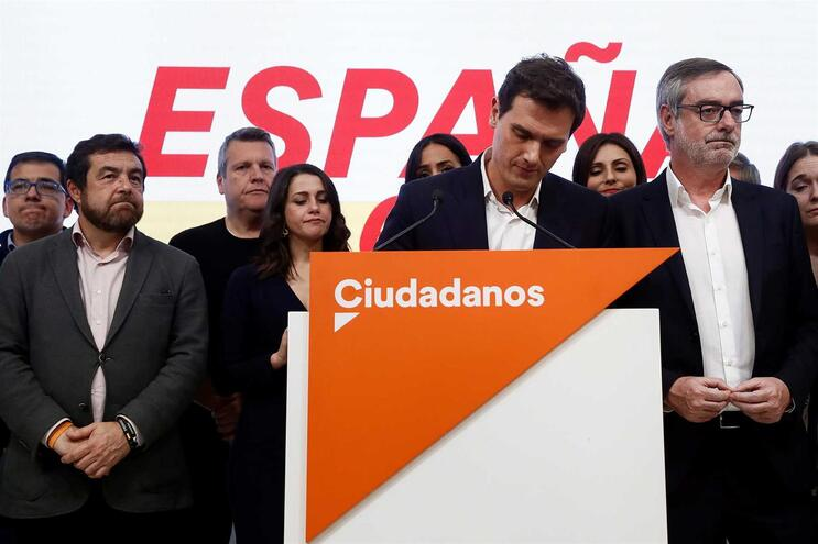 Líder do Ciudadanos anuncia congresso extraordinário após mau resultado