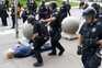 Dois agentes da polícia foram suspensos