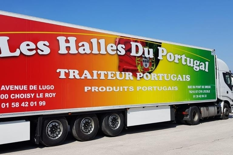 Les Halles du Portugal, um dos supermercados em França que vende quase exclusivamente produtos portugueses.