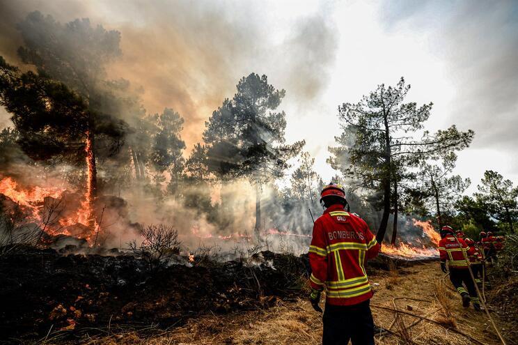 Situação de alerta prolongada até domingo por causa dos incêndios